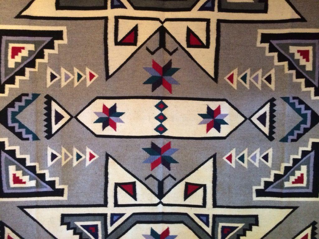 Diné = Navajo